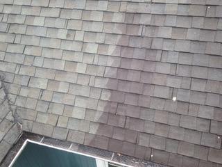 Nettoyage à pression de toiture en bardeaux à Repentigny - Lavage Pression Net à Morin Heights